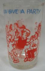 Archie Comic Collectibles - Archies gang Betty and Veronica Party Welchs Glass