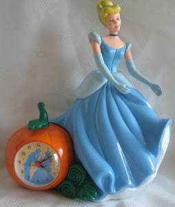 Walt Disney Movie Collectibles - Cinderella Clock