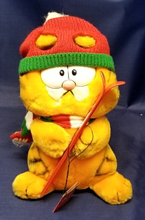Garfield Collectibles - Garfield Winter Christmas Plush Skiing