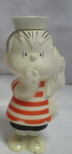 Snoopy and Peanuts Collectibles - Linus Van Pelt Avon Figural Shampoo Container