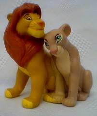 Walt Disney Movie Collectibles - Lion King Simba and Nala Figures