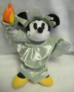 Disney Collectibles - Minnie Mouse Lady Liberty Plush Beanie