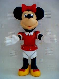 Disney Collectibles - Minnie Mouse Poseable Figure