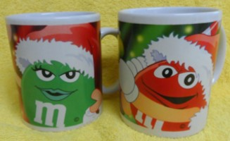 Advertising Collectibles - M & M Christmas Ceramic Mugs Galerie
