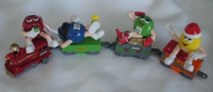 Advertising Collectibles - M & M Christmas Topper Train