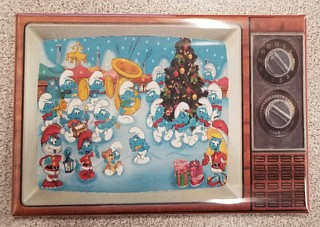 Smurf Collectibles - Smurf Christmas Metal TV Magnet
