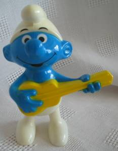 Smurf Collectibles - Smurf with Guitar Windup Walker