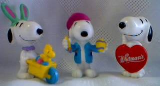Peanuts Collectibles - Snoopy PVC Whitmans Figures
