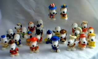 Snoopy Collectibles - Snoopys from 28 Countries / Regions