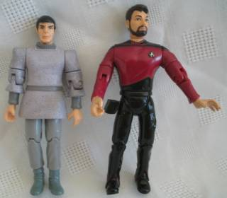Star Trek Collectibles -The Next Generation Figures Riker and Spock