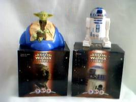Star Wars Collectibles - Episode 1 R2D2 Taking Figure & Yoda's Jedi Destiny