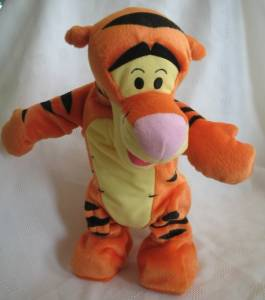 Walt Disney Collectibles - Tigger Get Up N Bounce Moving Talking Toy