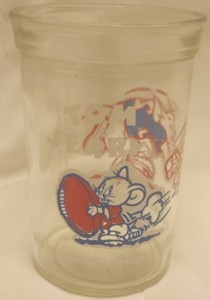 Cartoon Collectibles - Tom and Jerry Jerry Football Welchs Glass